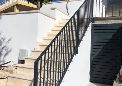 barandilla escalera y puerta